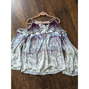 WHBM Top Paisley Cold Shoulder Flare Sleeve Top 14
